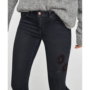 NEW Zara embroidered raw hem fray floral jeans